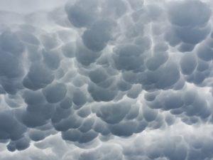 clouds-747254_640