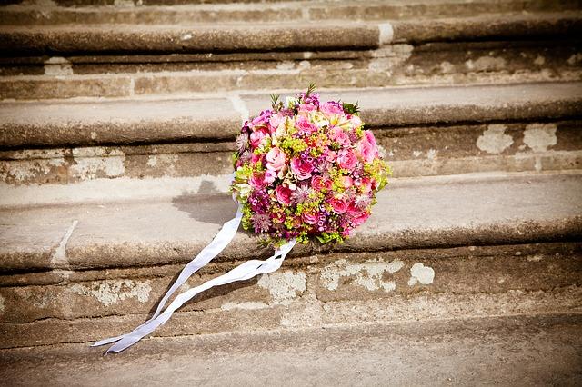 flowers-260897_640