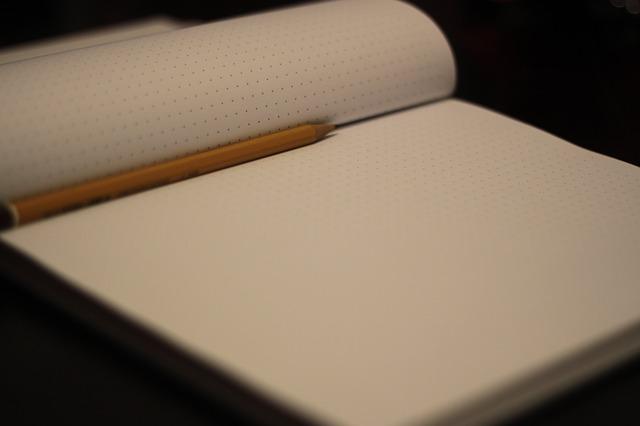 notepad-925996_640