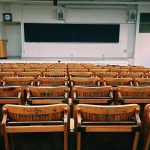 classroom-1699745_640